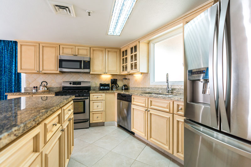 three bedroom kitchen